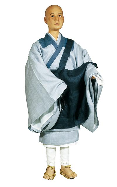 阿弥衣をつけた時宗の僧 | 日本服飾史
